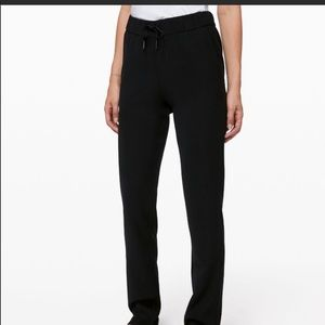 Lululemon ON THE FLY WOVEN PANT LIKE NEW